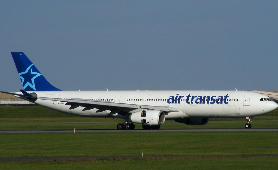 La compagnie aérienne Air Transat (Air Transat). Sayt.1 officiel