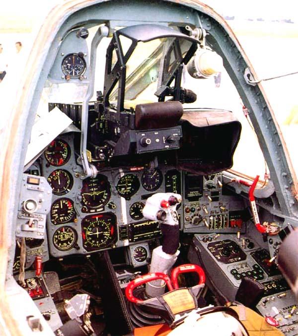 Su-39 2 cabin