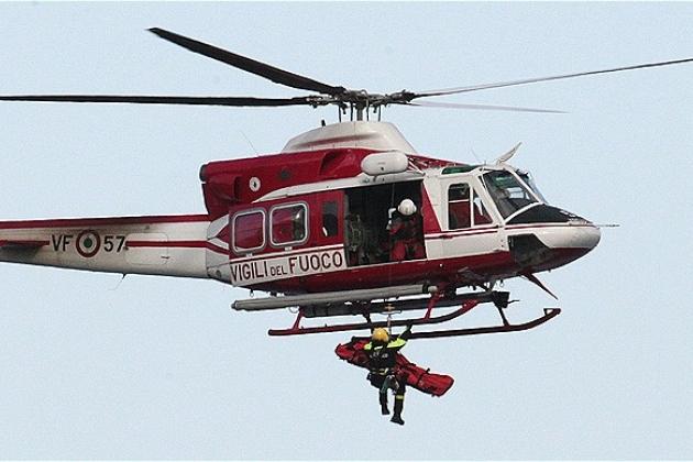 In Italia, un elicottero è caduto
