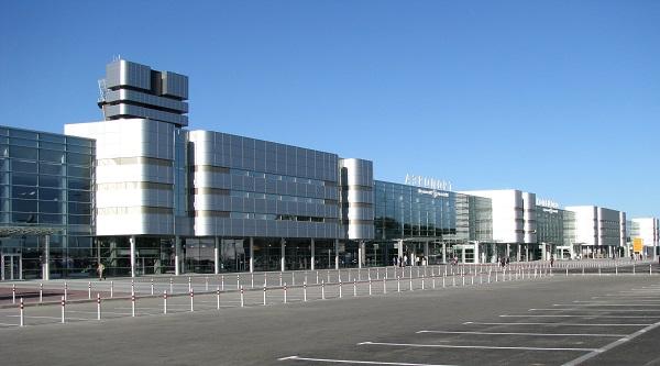Ekaterinburg Koltsovo Flughafen 321