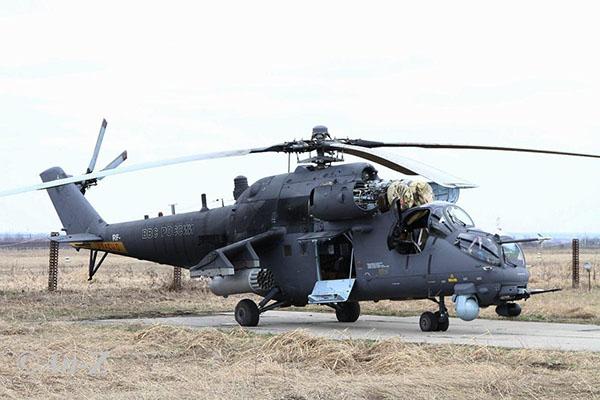 VKSの司令官のポスト:パイロットの代わりに - 一般的な軍用車!1