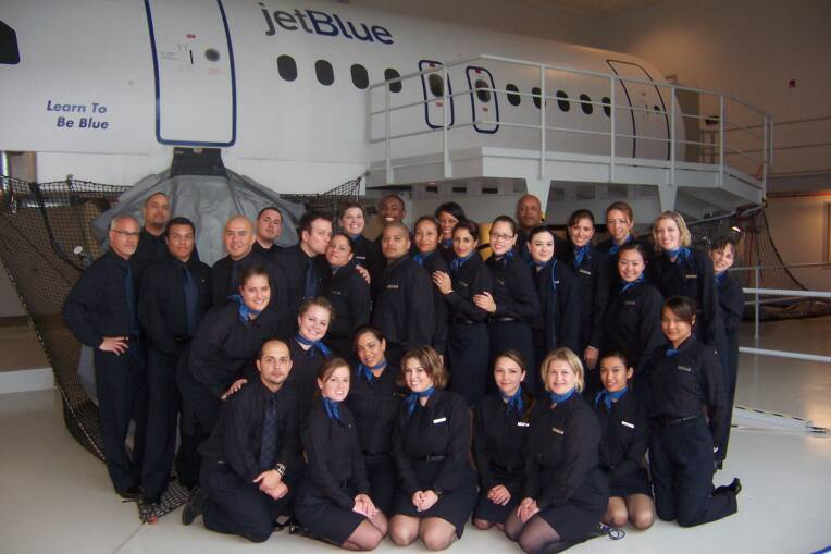 Uniformes hôtesse de l'air: jetBlue Airways. États-Unis.