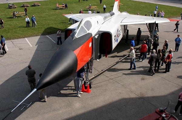 Aero Canadá CF-105 Flecha
